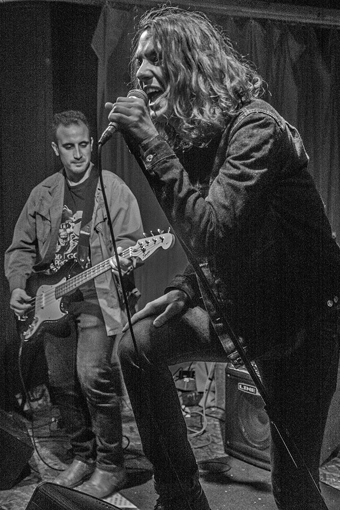 White Buffalo Woman performs at Mahall's 20 Lanes in Lakewood, Ohio, 12/18/17. Photo by Jason D. 'Diesel' Hamad, No Surf Music.